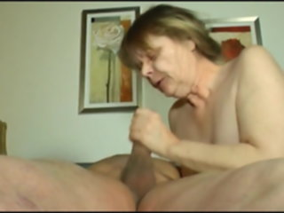 fun fuck having mom